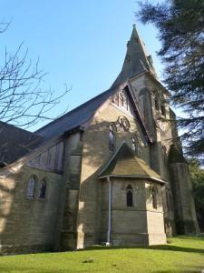 Holy Trinity-South-end-P1100121